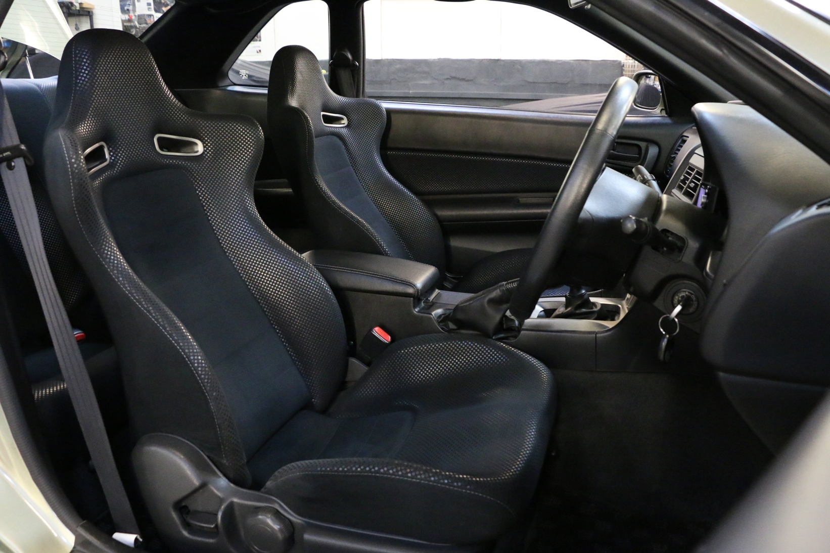 Nissan Skyline R34 GT-R VspecII Nur Millenium Jade :: High